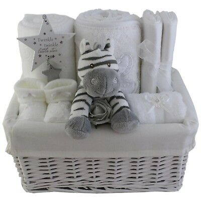 Baby gift basket/hamper unisex baby shower nappy cake maternity/new baby gift