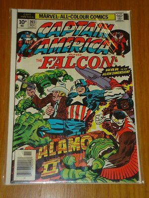 Captain America #203 Marvel Comic Near Mint Kirby November 1976