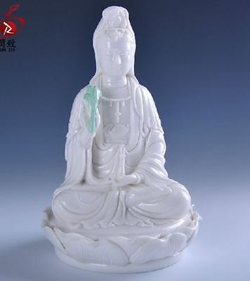 Collectible Chinese Dehua Porcelain Handwork Guanyin Statues