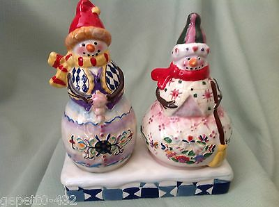 (G). New Jim Shore Salt & Pepper Shakers With Base /new In Box Price Reduced