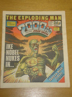 2000Ad #471 British Weekly Comic Judge Dredd *
