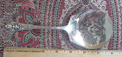 Rose Point Wallace Tomato Server MINT! UNUSUAL PIERCING!