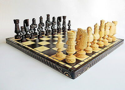 BRAND NEW HUGE LUXURY HAND CARVED CEZAR WOODEN CHESS SET 82x82cm
