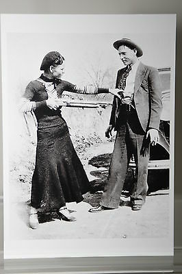 Bonnie Parker and Clyde Barrow,1932,  Kunst-Postkarte