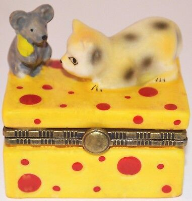 Trinket Box Kitty Cat and Mouse on Cheese Hinged Ceramic  - NEW