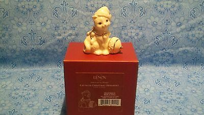 """LENOX """"CAT WITH CHRISTMAS ORNAMENT"""" FIGURINE-NEW IN BOX"""