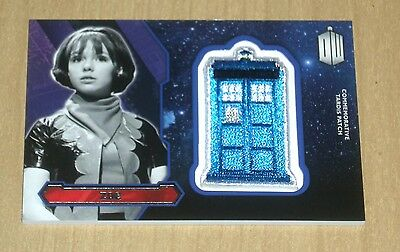 2015 Topps Doctor Who Tardis patch card ZOE