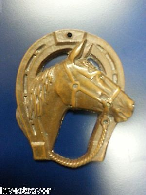 Vintage Horse Shoe with Horse Head Wall Hanging- Great Piece- lot BB003