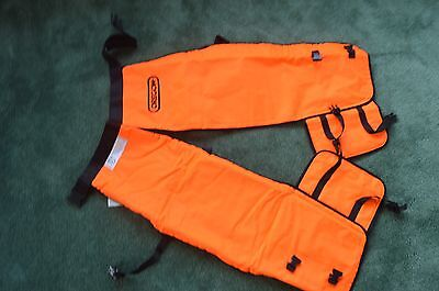 "Oregon 564134-32 safety chainsaw chaps protective leggings 32"" Wrap length Short"