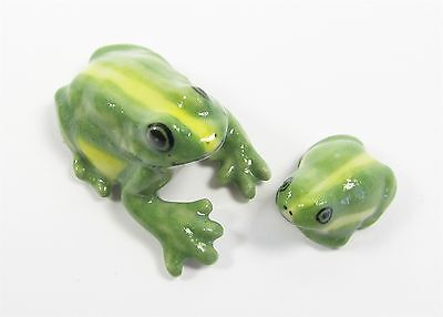 Miniature Ceramic Frog with Baby - Looking Down Tiny Figurine