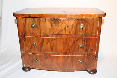 Small (Childrens) Walnut Biedermeier Dresser chest of drawers drawes model 19th