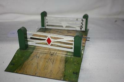 Hornby O Gauge Road Crossing Has Scratching From Gates Missing G/pins  K31236