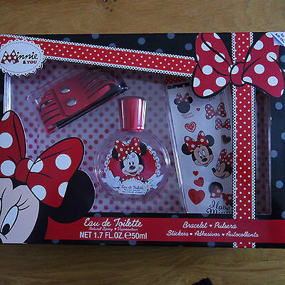 Coffret eau de toilette DISNEY MINNIE 50 ml bracelet et stickers