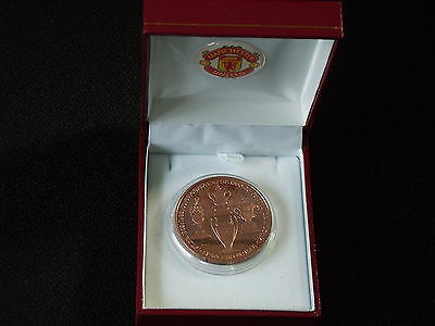 MANCHESTER UNITED 1970's MEDAL IN BOX