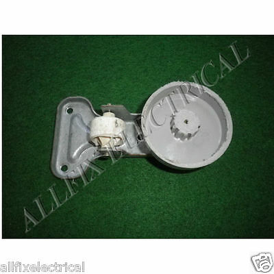 Used Whirlpool Fridge WBM39LW WBM46LW WBM35LW  Roller Level - Part # 000411850SH