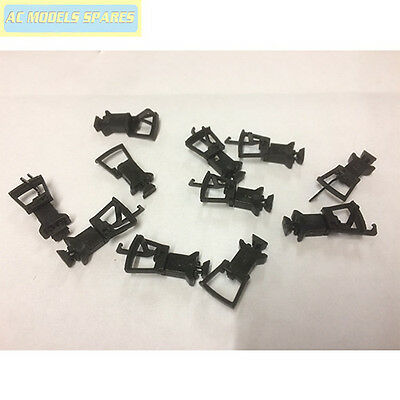 36-027 Bachmann Spare Short Cranked NEM Couplings (x10) Straight with Pockets