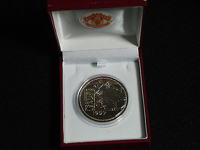 Manchester United 1997 Premier League Champions Medal With Red Box And Crest