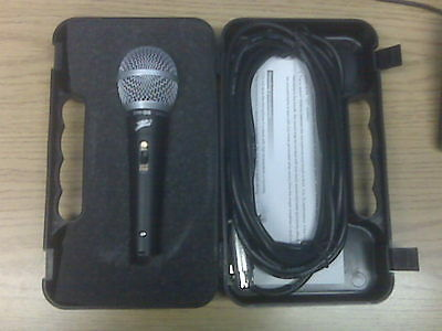 NEW SM38 Professional Vocal Mic Instrument Microphone with Cable & Carrying Case