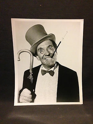 Vintage black & white photo Burgess Meredith, Penguin, Batman 1966 TV series ***