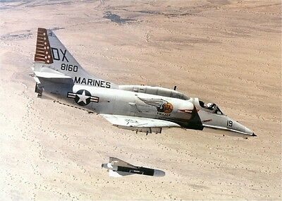 "Photo 7x5"" Douglas A-4 SKYHAWK -2"