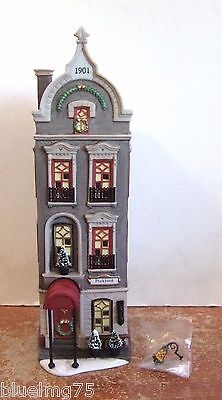 Dept 56 Christmas In The City Pickford Place #58877 NIB (Y430)