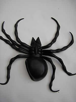 "Halloween black scary rubber spider 7"" x 6"""