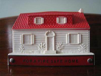 VTG Dictograph Fire Detective Ad Coin Still Bank Plastic House No Key Banthrico