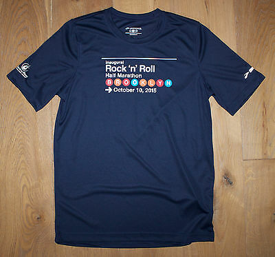 NEW Men's 2015 BROOKLYN MARATHON Running Jogging Shirt NAVY BLUE by Brooks Small