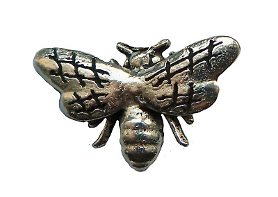 Bee Pewter Pin Badge - Hand Made in Cornwall - B184