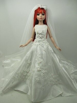 Outfit Dress Wedding Gown with veils Tonner Tyler Essential Ellowyne # 800-11