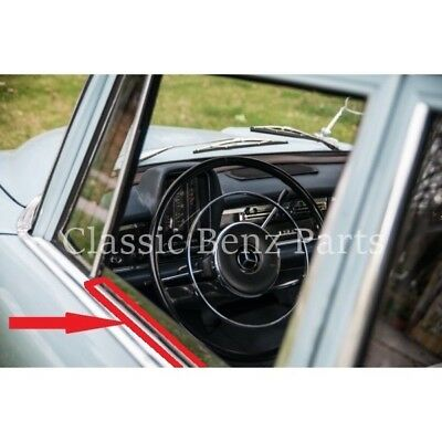 Mercedes W110 Window Outside Seals Outer Door Glass Rubber Scraper Brushes