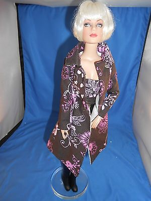 """Tonner Tyler Wentworth Sydney Chase Floral Truffle Trench Coat Bustier 16 """" Doll"""