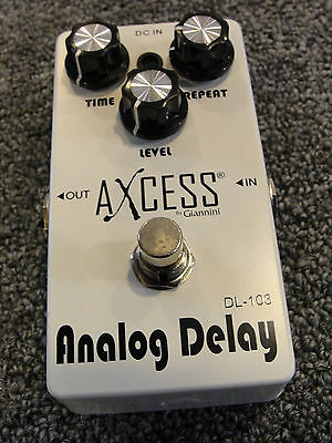 AXCESS by GIANNINI DL-103 ANALOG DELAY GUITAR EFFECTS PEDAL