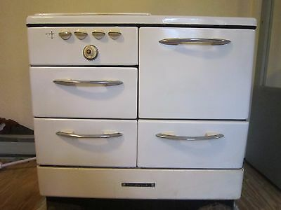 Vintage Hardwick Stove Oven Great Condition Retro White