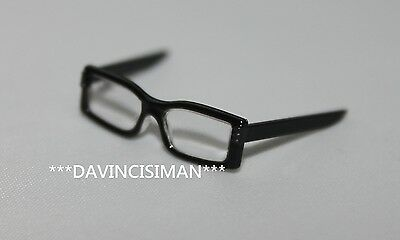 Black glasses from Hot toys 1/6 Jim Gordon HOTTOYS