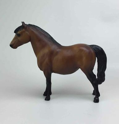 "Breyer Molding Co Brown Standing Horse Figurine Vtg Pony 7x6"" Figure Toy Model"