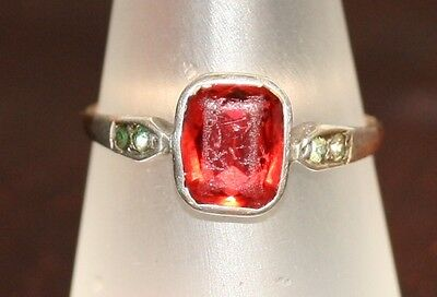 Vintage Well Worn 9Ct Gold And Silver Dress Ring Very Different
