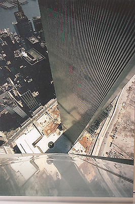 The World Trade Center,1973,The Space In Between,  Kunst-Postkarte