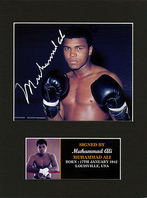 Muhammad Ali Quality signed Mounted Pre-Print 8 x 6in A5 brand new