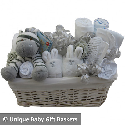 Baby gift basket/hamper boy girl unisex baby shower nappy cake new baby gift