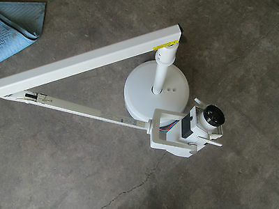 Burton Ceiling Mount Cool Spot Ceiling Mount Surgical Light