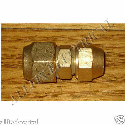 """Brass 1/2"""" to 3/8"""" Reducing Union With Flare Nuts - Part # RF703KIT"""