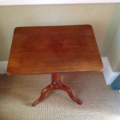 ANTIQUE VICTORIAN (c 1840) MAHOGANY WINE TABLE