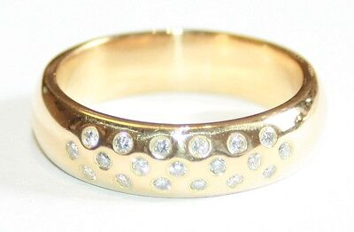 Heavy Broad 18ct Yellow Gold Diamond Set Wedding Ring Size P 1/2