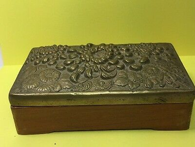 Antique Vintage Wood Wooden BOX With Heavy Brass Lid