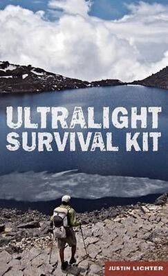 Ultralight Survival Kit by Justin Lichter Paperback Book (English)