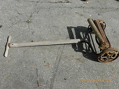 "Vintage / Antique Herschel Push Reel Mower Collectible / Yard Art 21"" Across"