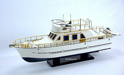 """Reinee Roo Yacht 34"""" Handcrafted Wooden Boat Model"""