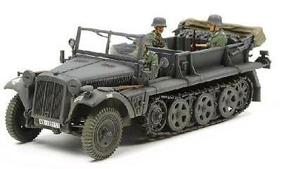 Tamiya 37016 1/35 Model Kit WWII German 1Ton Half-Track Sd.Kfz.10 w/3 Figures