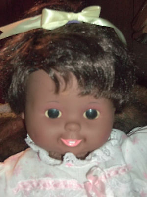 "Beautiful 16"" African American Tiny Tears Baby doll 1989"